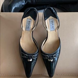 edd1cc135a4 Isaac Mizrahi Shoes | Like New Leather Kitty Cat Hill Pump | Poshmark